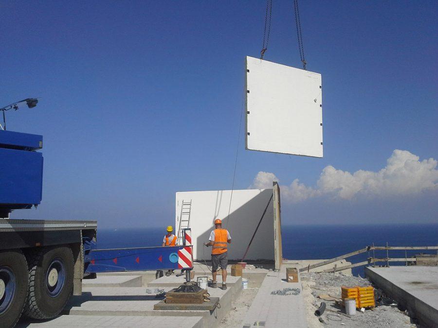 Case History | Autostrada A3 Salerno Reggio Calabria | Modulo Cimac | Produzione in serie di cabine elettriche prefabbricate in c.a.v. e omologate ENEL